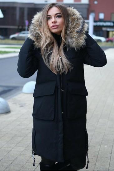 Удлиненное пальто на синтепоне c большим мехом черное
