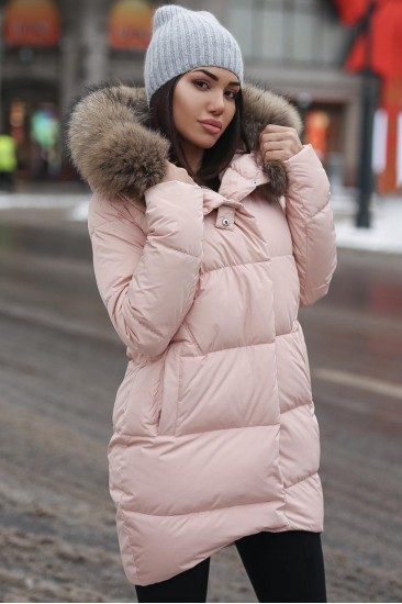 Зимний женский пуховик с мехом Ice yee розовый
