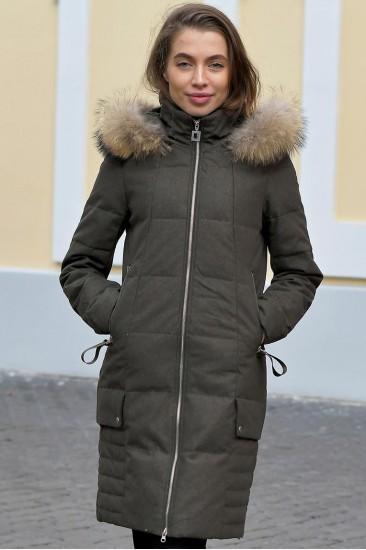 Зимнее женское пальто с мехом Laplin зеленое