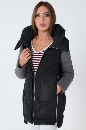 Куртка черная с серыми рукавами