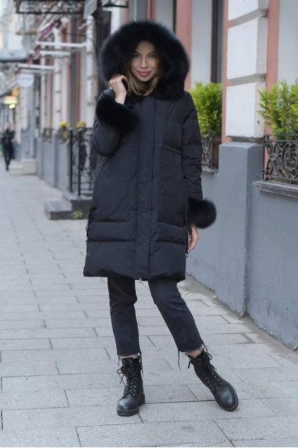 Женский пуховик с мехом на рукавах Miss fofo черный