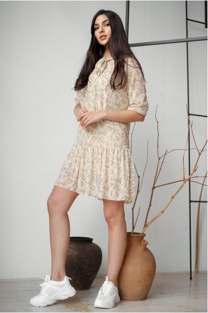 Легкое летнее платье с поясом в цветочный принт