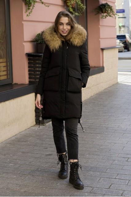 Женский пуховик c накладными карманами Laplin черный
